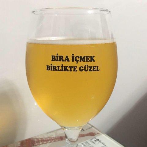 Bira İçmek Birlikte Güzel