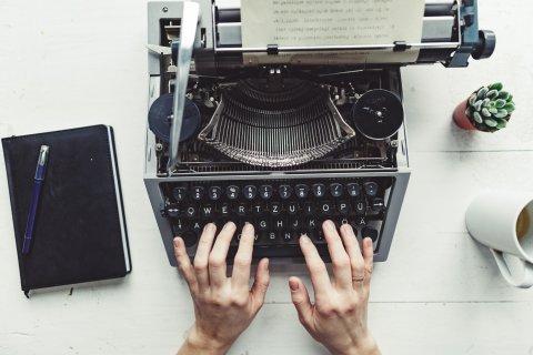 Bir Senaryo Yazmak